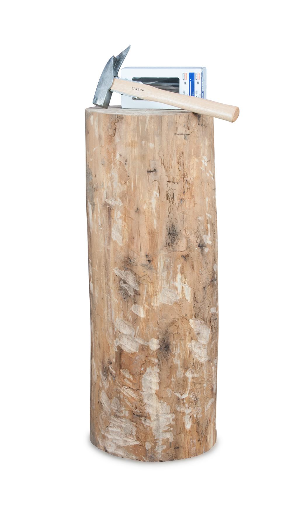 Image of   Slå søm i træstub - pakke med stub, hammer og søm